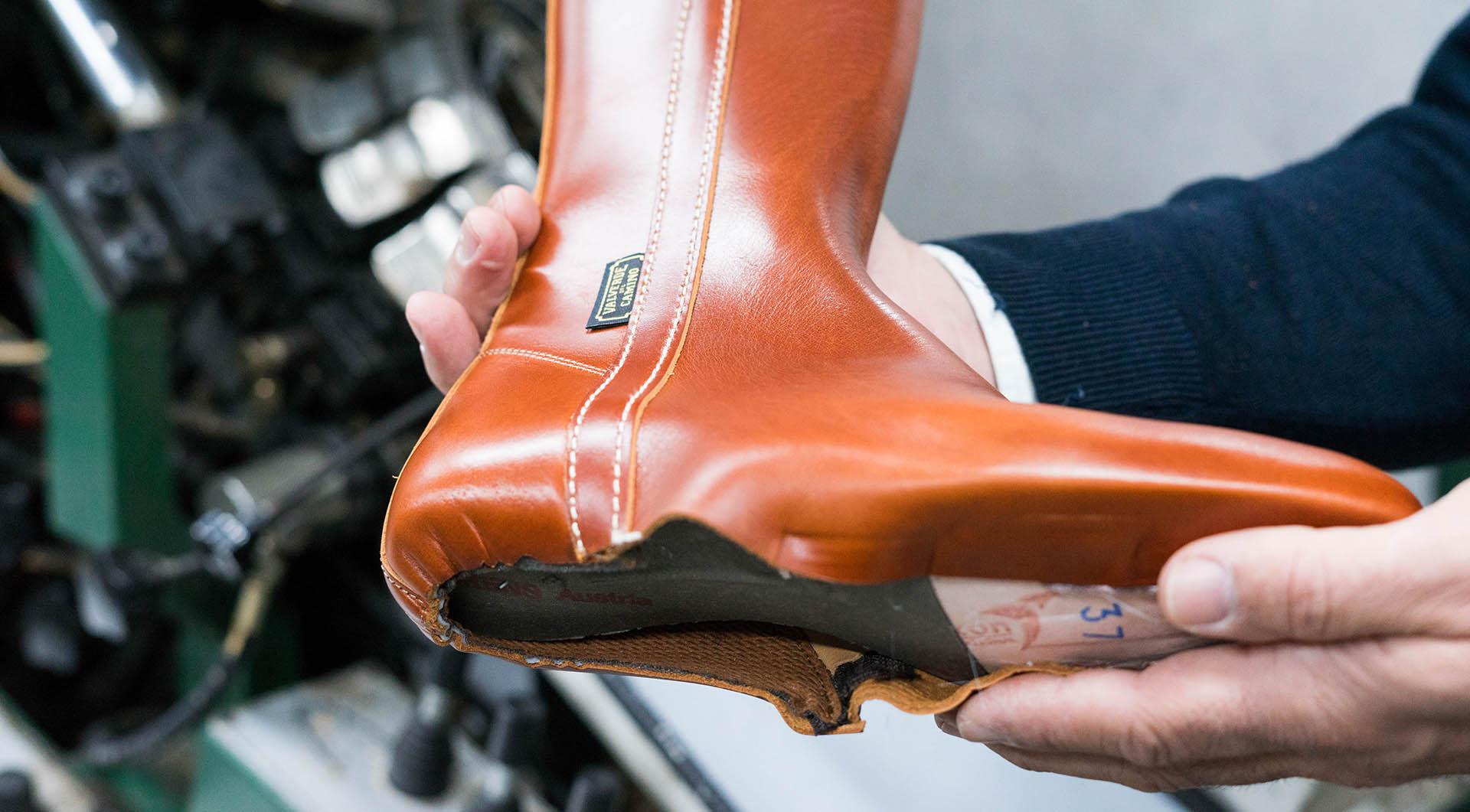 """Cómo reconocer un calzado o producto de marroquinería con marca de garantía """"Valverde del Camino"""""""